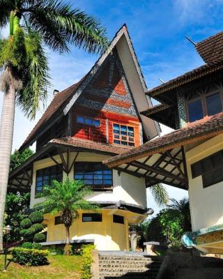 Sapadia Hotel and Cottage Parapat