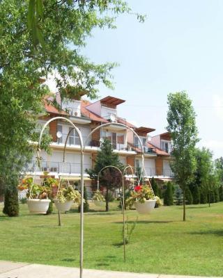 Cserke Napfény Apartman