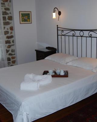 Dryades Guesthouse