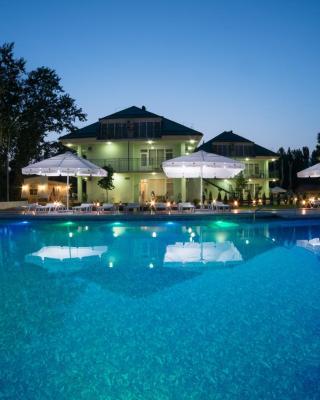 Dyuny Zolotye Hotel