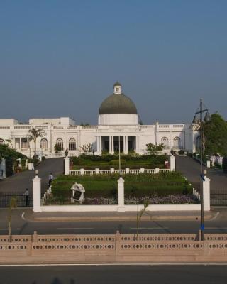 Vivanta Gomti Nagar