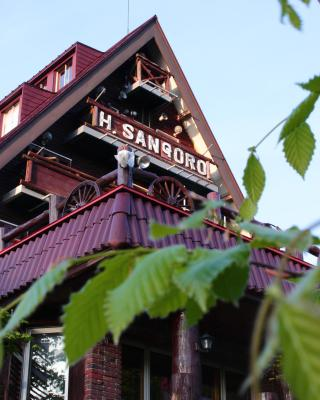 Forest Inn Sangoro