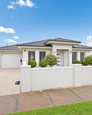 Central Warrnambool Townhouse