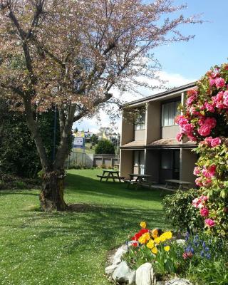 Fairway Motel & Apartments