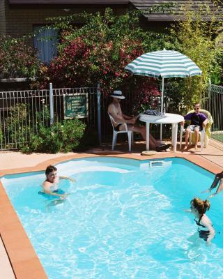 Sandpiper Holiday Apartments
