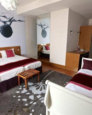 Inter-Hotel Bagnoles-de-l'Orne Ô Gayot