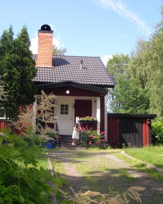 Wilderness Cottage