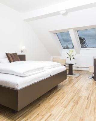 Gästezimmer by Jöchlinger