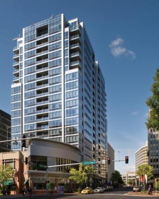 Global Luxury Suites at Crystal City