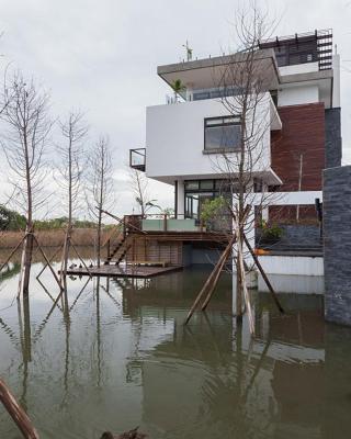 Green Lake Villa