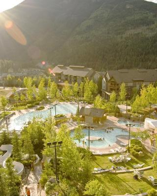 Panorama Mountain Resort - Ski Tip / Tamarack Condos