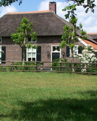 B&B Farmhouse De Loksheuvel