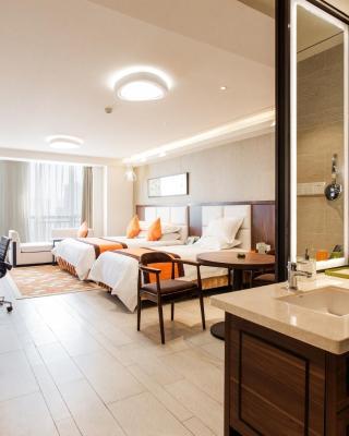 Yuyao New Century ManJu Hotel
