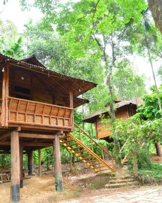 Trekking Trails Ecolodge