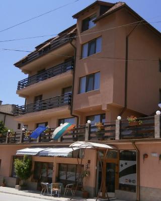 Family Hotel Tonina