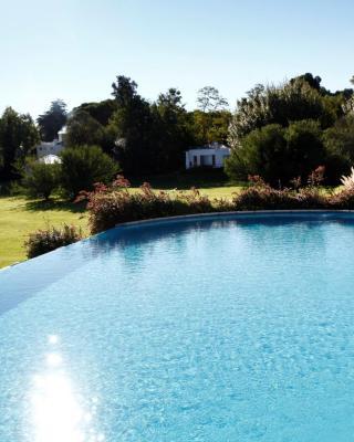 Acacias Country Club