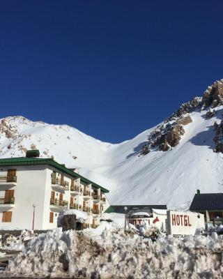 Ayelen Hotel de Montana