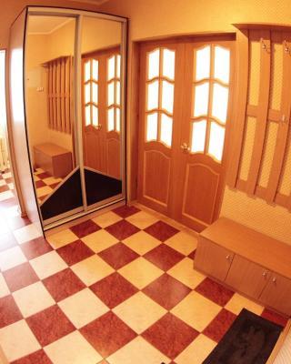 Dekabrist Apartment on Chkalova 25
