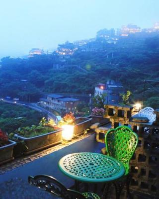 Jiufen Walk Inn 3x3
