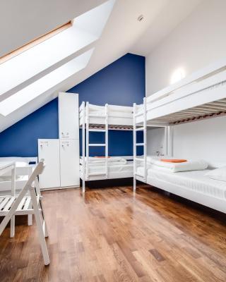 Park Plus Hostel