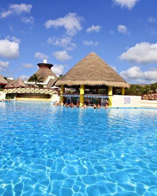 Bahia Principe Vacation Rentals - Quetzal Two-Bedroom Penthouses
