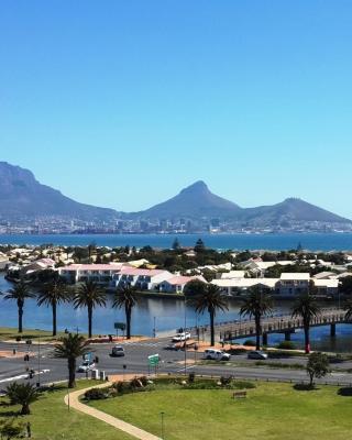 Apartment Island Views
