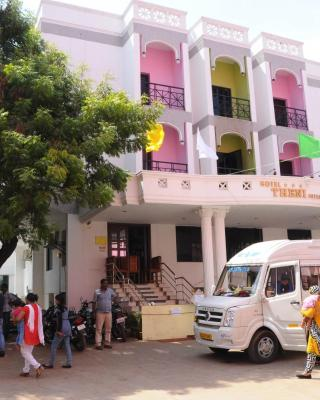 Hotel Theni International