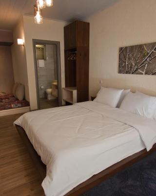 Livadi Suites