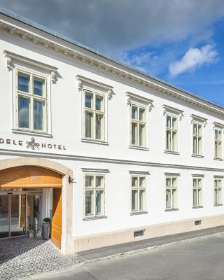 アデル ブティック ホテル
