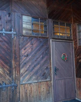 Holiday Home Patchwork Barn