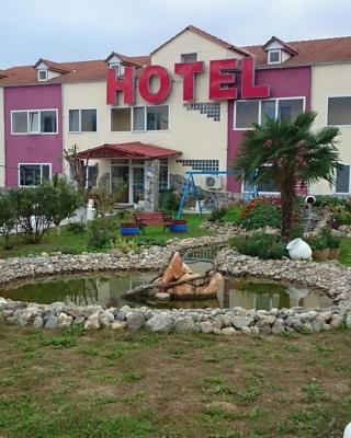 Hotel Konstantina