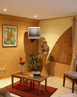 Dos Palmas Country Inn