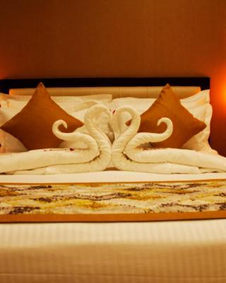 Rudraksh Club And Resorts