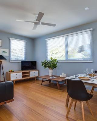 Loquat Apartment