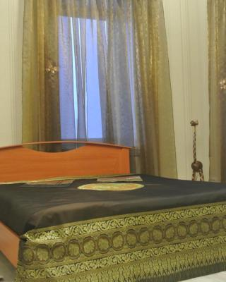 Dom U Naberezhnoy Hostel