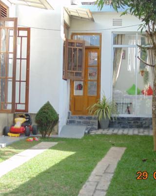 Sun Hill Home