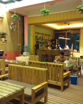 Puzhehei Yunshu Youth Hostel
