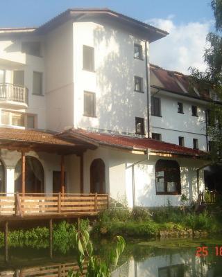 Family Hotel Smolena