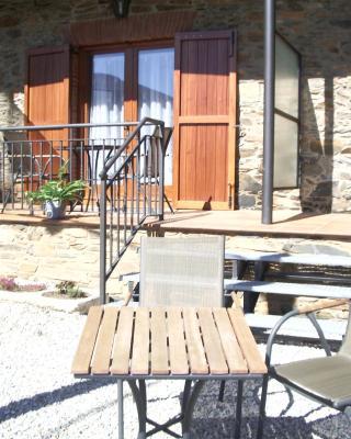 Apartaments Turistics Cal Ferrer