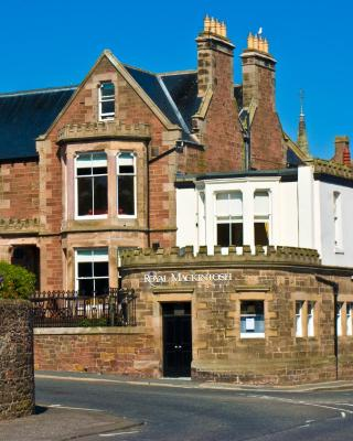 Royal Mackintosh Hotel