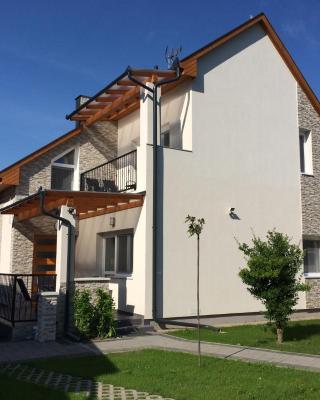 Magyar Apartman III.