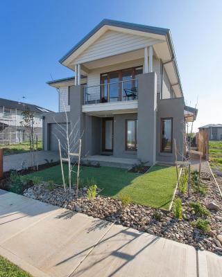 Wyndham Harbour Villa - Melbourne