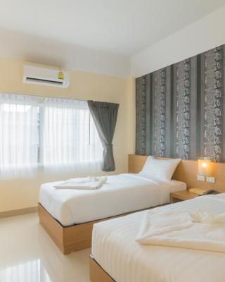 Suksomboon Hotel