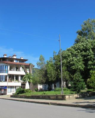 Guest House Lefterova