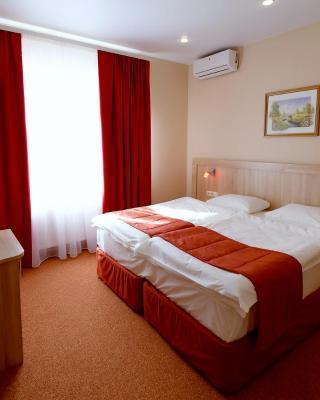 Cherry Garden Hotel