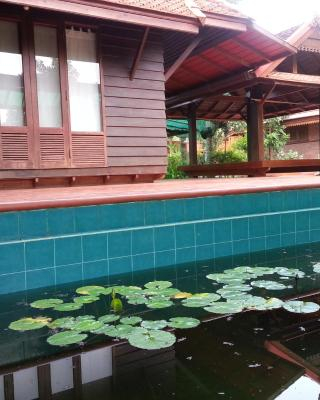 Rim Nam Kong Homestay