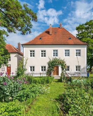 Historischer Pfarrhof Niederleierndorf