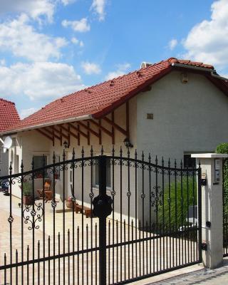 Small Lodge