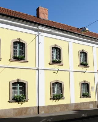 Hauser-Bodnár Ház