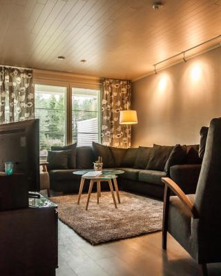 Majoituspalvelu Nurmi Apartments Välitie
